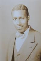 http://scarletandblackproject.com/fileupload/Howard-1928-bio-file-photo.jpg